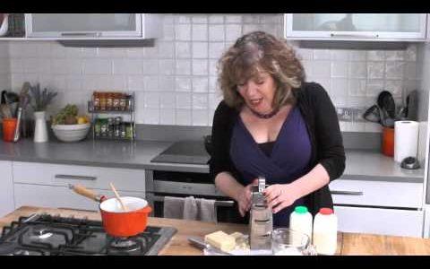 Adapting recipes for healthier cooking | #EnjoyFood | Diabetes UK